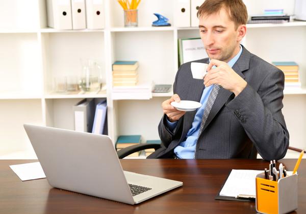 Непрерывный стаж работы: как считать, на что влияет непрерывный стаж