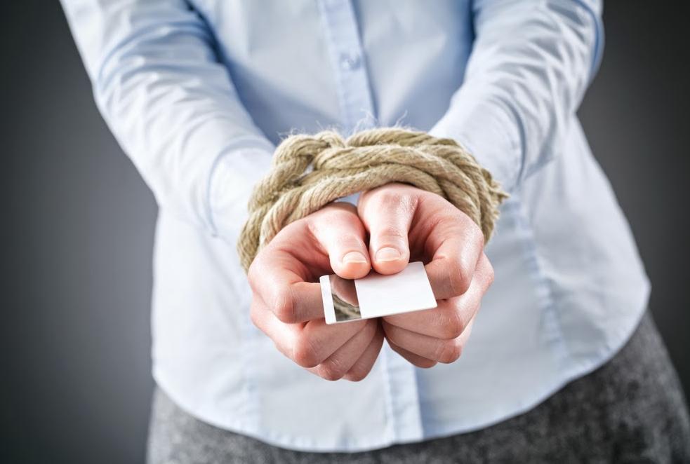 Могут ли за долги жены подать в суд на мужа