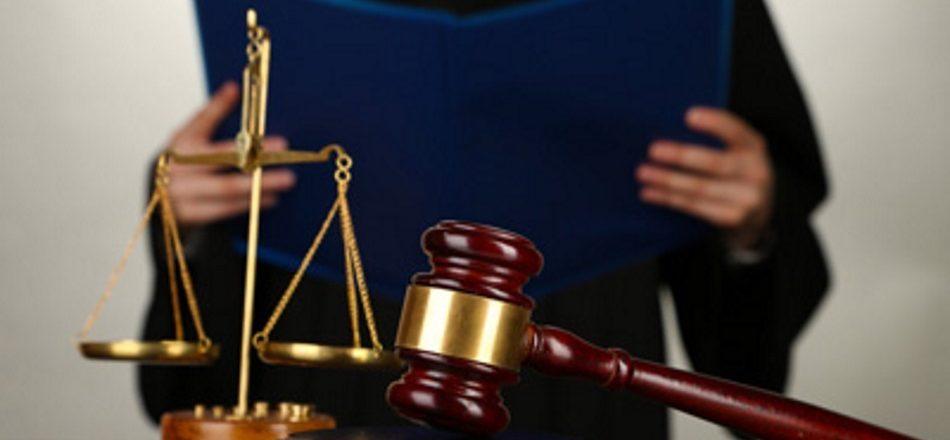 взыскание услуг юриста в арбитражном суде же