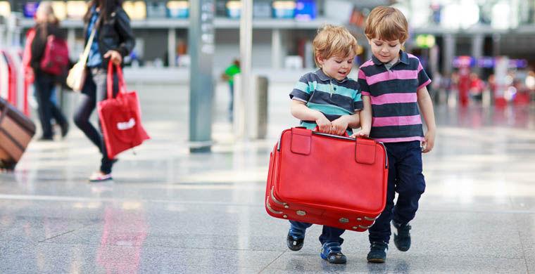 выезд детей за границу без сопровождения родителей отреагировали удивительной